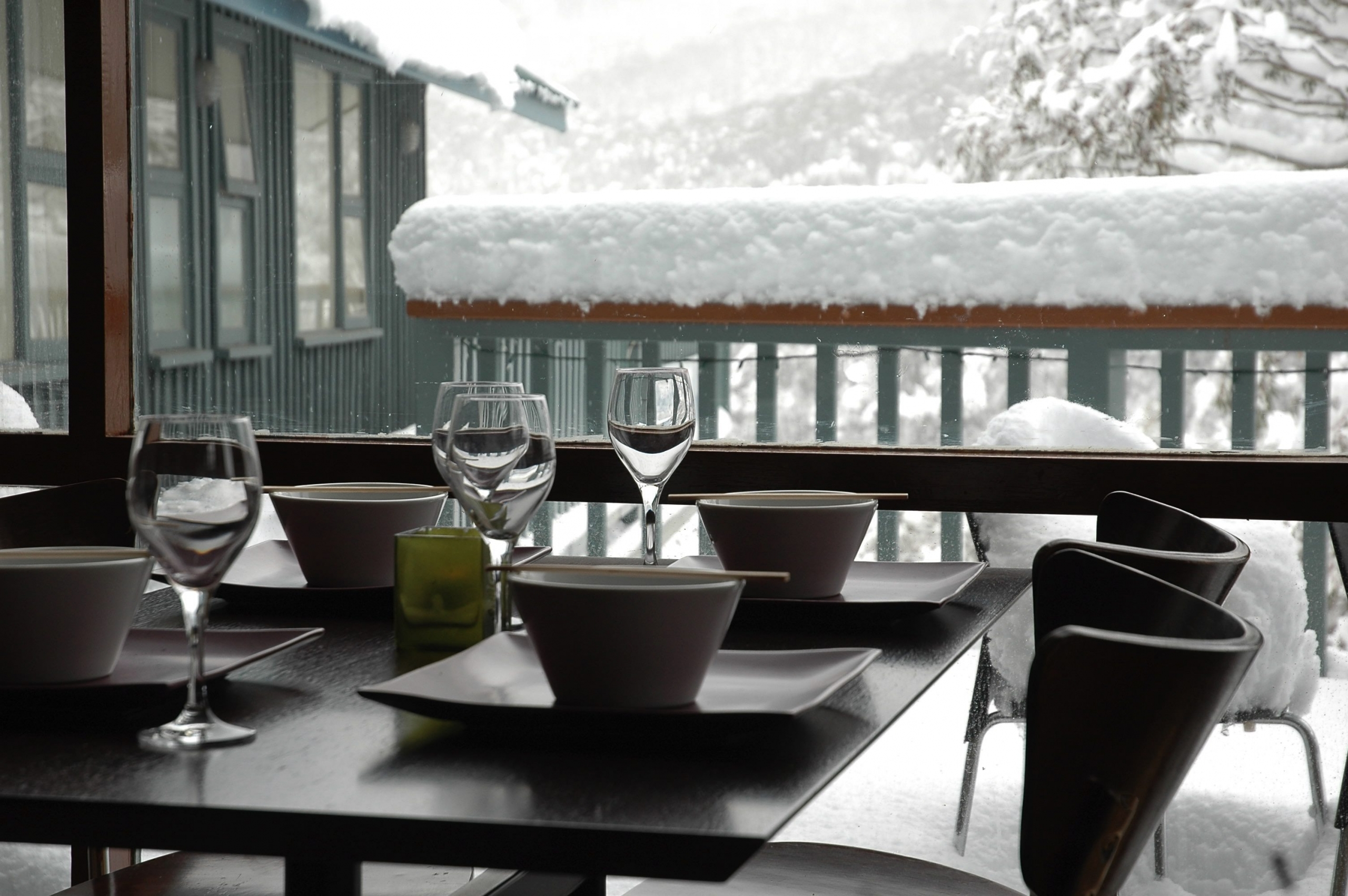 D2-Thredbo-Alpenhorn-Guest-House-BB-Hotel-Dining-Room-see-alphorn.com_.au-50-scaled